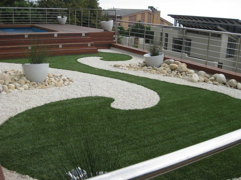 Slide Max 26 Synthetic Lawn