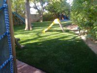 playpark-artificial-grass-below-slide