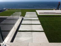 r-artifical-grass-for-rooftop-patios