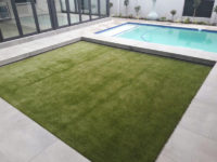 residential-artifical-grass-around-pool-installation