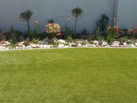 residential-artificial-lawn-flowerbed